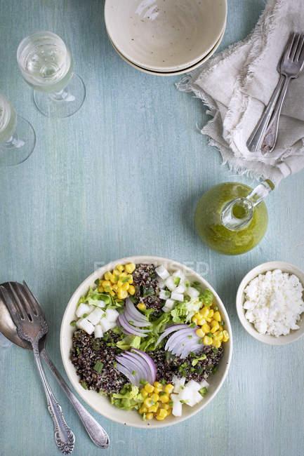 Salada de Poblano Quinoa assada — Fotografia de Stock