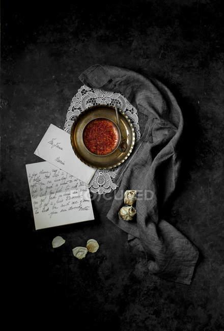 Іспанська шафран в металева дуга — стокове фото