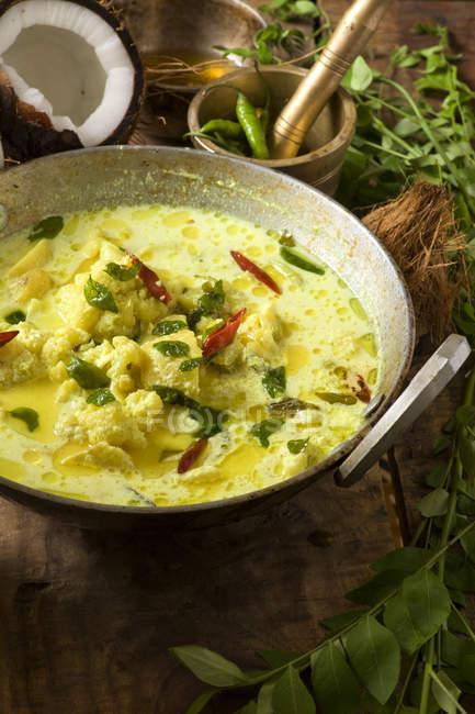 Індійський каррі овочевий суп — стокове фото
