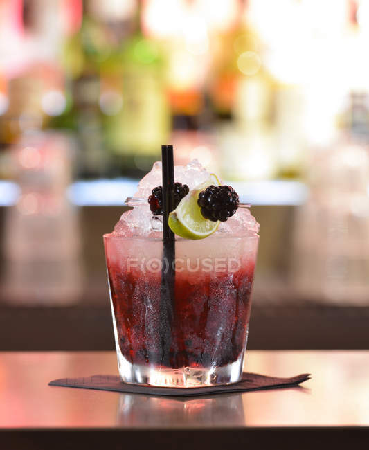 Berry refreshing cocktail — Stock Photo