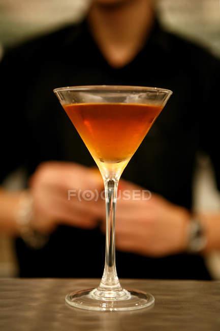 Manhattan cocktail on bar — Stock Photo