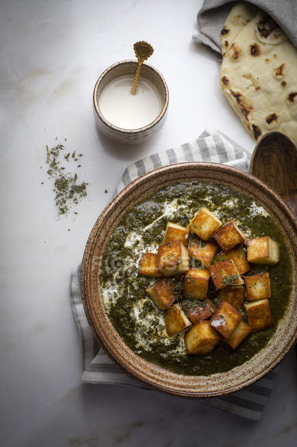 Creamy cottage cheese with spinach curry — Stock Photo