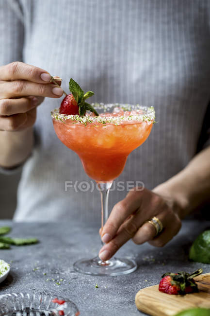 Strawberry Champagne Margarita — Stock Photo
