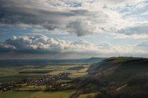 Landscape across rolling hills — Stock Photo