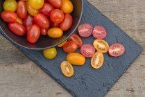 Fresh Meli Melo Heirloom tomatoes — Stock Photo