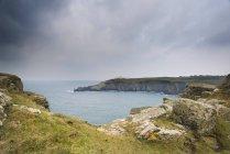 Lizard Point и маяк — стоковое фото