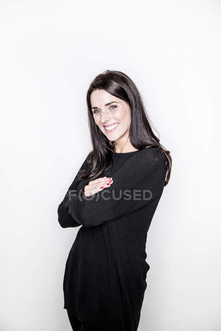 Young woman posing in studio — Stock Photo