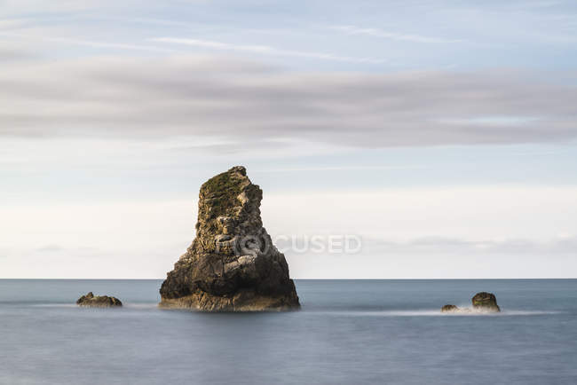 Peaceful landscape of rocks in sea — Stock Photo