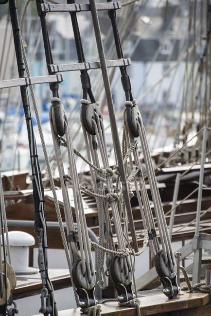 Detalhes do barco de vela bonita — Fotografia de Stock