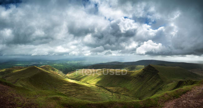View from Pen y fan in Brecon Beacons — Stock Photo