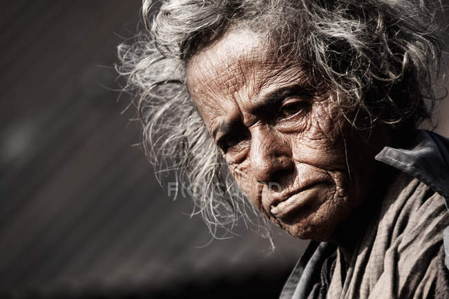 Bangladesh senior woman looking at camera — Stock Photo