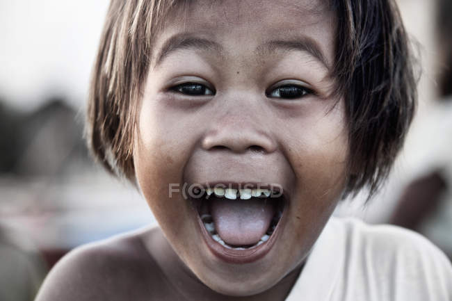 Filipino happy girl with facial expression — Stock Photo