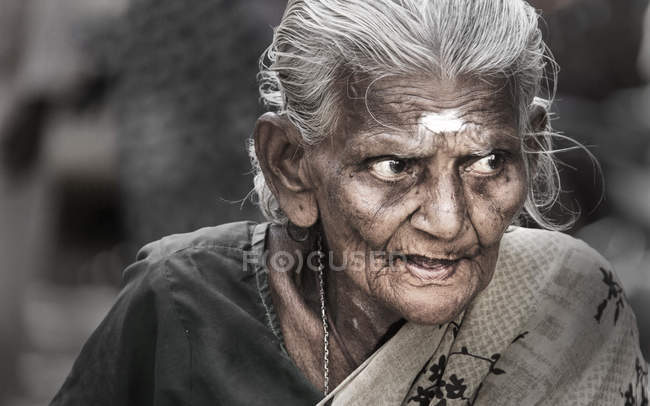 Indian senior woman looking away — Stock Photo