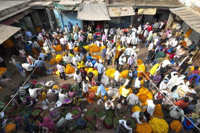Varanasi, flower market — Stock Photo