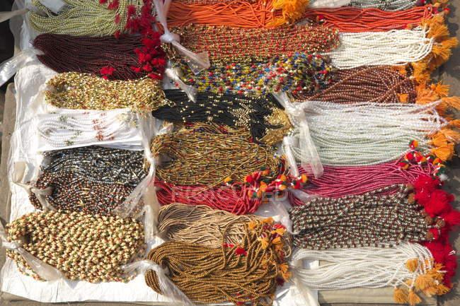 Varanasi, colares de lembrança — Fotografia de Stock