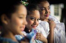Frauen in traditionellen Trachten — Stockfoto
