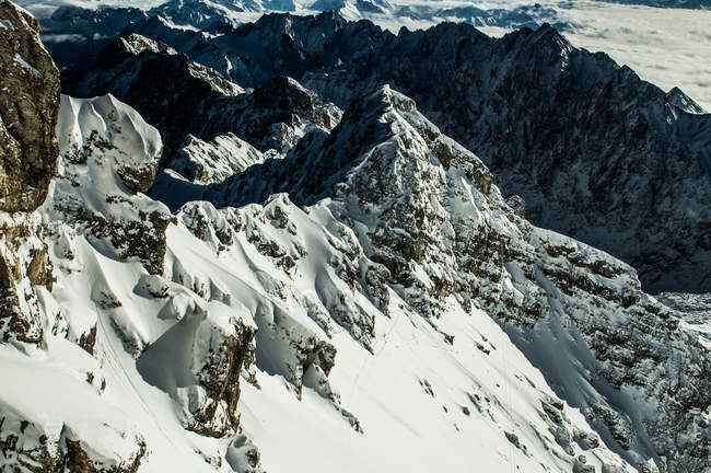 Picos de montanha Zugspitz, Ehrwald — Fotografia de Stock