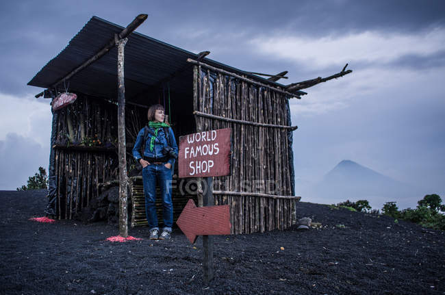 Tourist attraction at top of Pacaya Volcano — Stock Photo