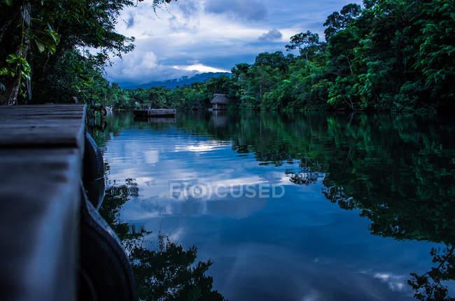 Rio Dulce em Livingston — Fotografia de Stock