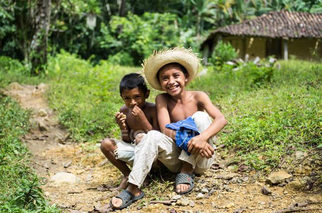 Meninos felizes — Fotografia de Stock