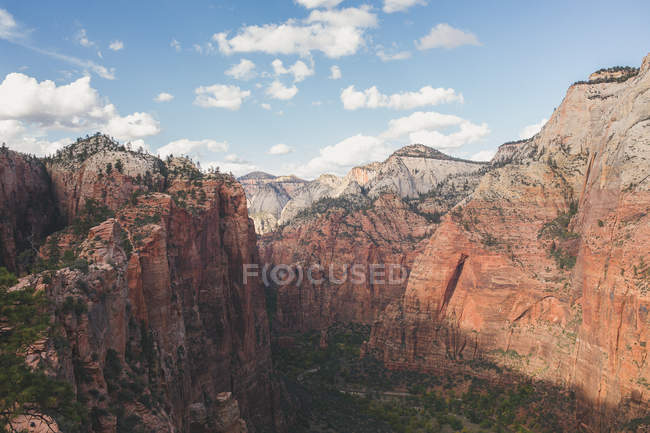 Zion mountains in National Park — Stock Photo