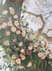 Arbre décoré de fleurs — Photo de stock
