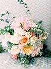 Прекрасный свадебный букет — стоковое фото