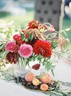 Букет летних цветов — стоковое фото