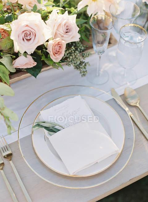 Arranjo floral de casamento — Fotografia de Stock