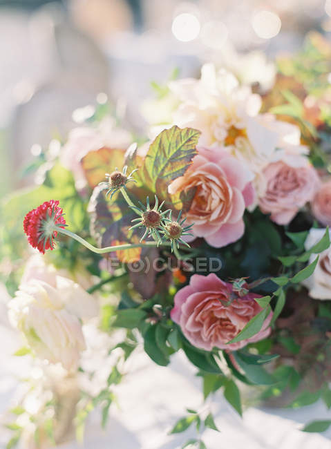 Composizione floreale di nozze — Foto stock