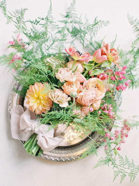 Свадебные цветочные композиции — стоковое фото