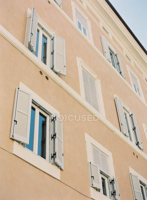 Residential building exterior — Stock Photo
