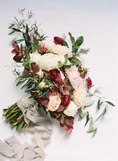 Elegant bridal bouquet — Stock Photo