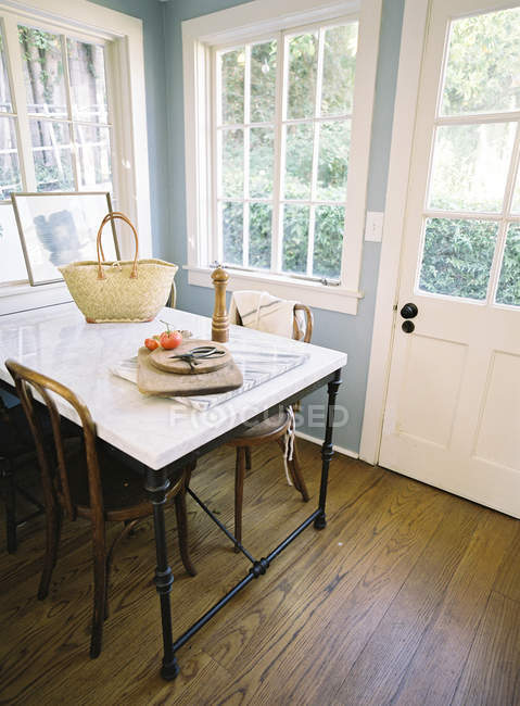 Interior da cozinha doméstica — Fotografia de Stock