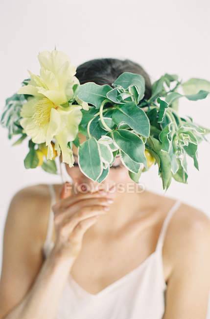 Flower crown on woman head — Stock Photo