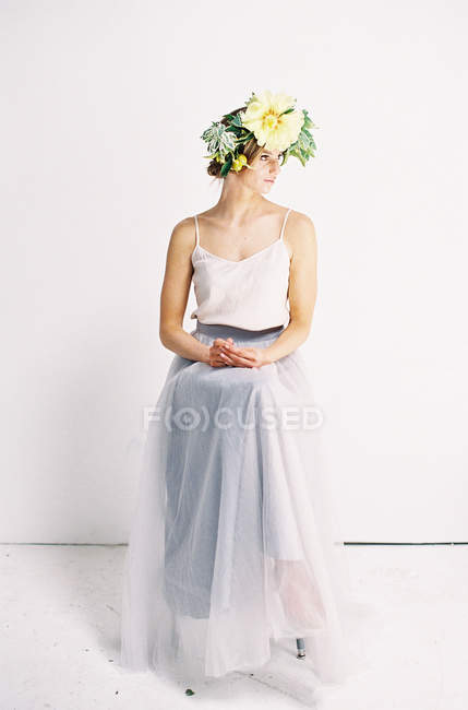 Woman in tulle dress and with flower crown — стоковое фото