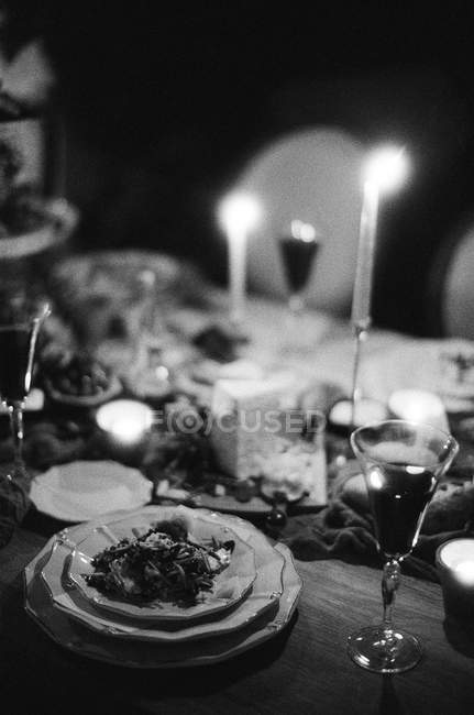 Wedding table with candles — Stock Photo