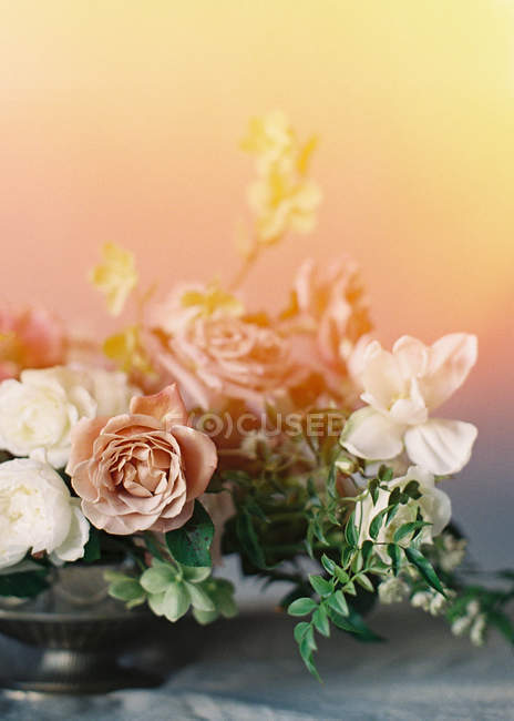 Bellissimo addobbo floreale — Foto stock