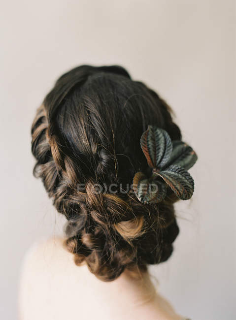 Hair with leaves decoration — Stock Photo