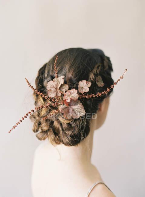 Жіночого волосся з квітковий Орнамент — стокове фото