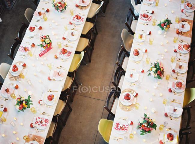 Impostare tabelle di nozze — Foto stock