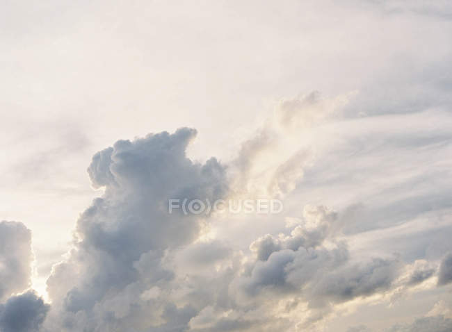 Beautiful cloudscape at sunset — Stock Photo