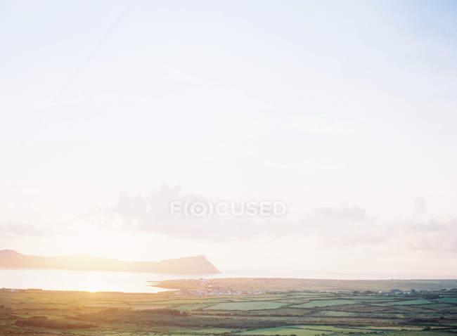 Остров с лугов и полей — стоковое фото