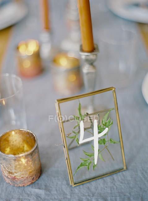 Candele e decorazioni di nozze — Foto stock