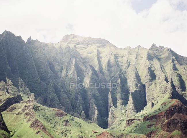Mountain ridges on volcanic island — Stock Photo