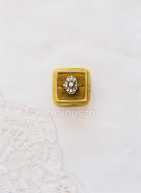 Vintage wedding ring in box — Stock Photo