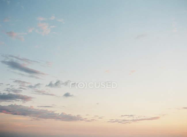 Красиві cloudscape на заході сонця — стокове фото