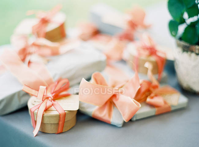 Gifts wrapped in paper — Stock Photo
