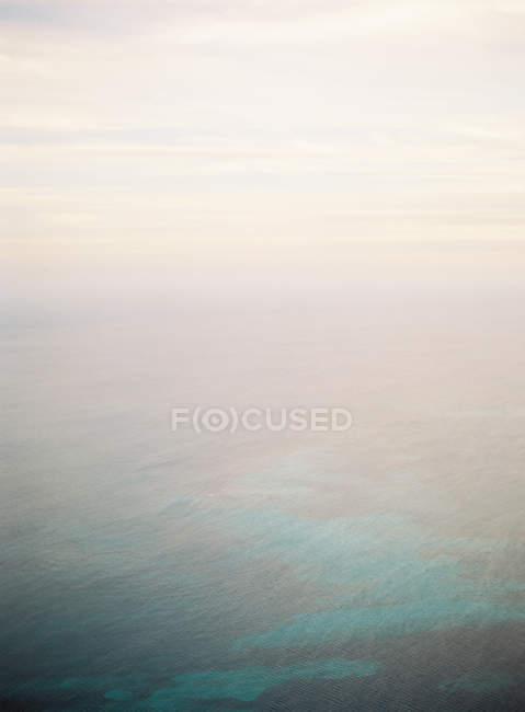 Море поверхня води — стокове фото