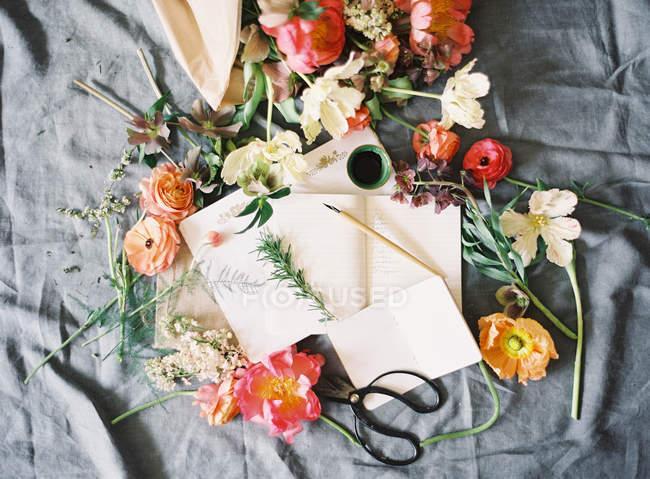Квіти для виготовлення весільні Квіткові композиції — стокове фото